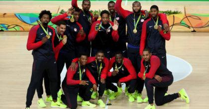 Záver OH v Riu: Zlatý hetrik basketbalistov USA, Dáni debutovo zlatí v hádzanej, Brazílčania prví vo volejbale