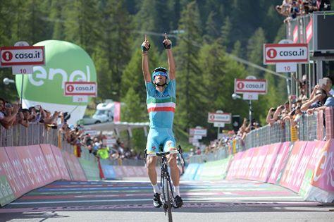 Horskú 19. etapu Gira ovládol Nibali, novým lídrom Chaves