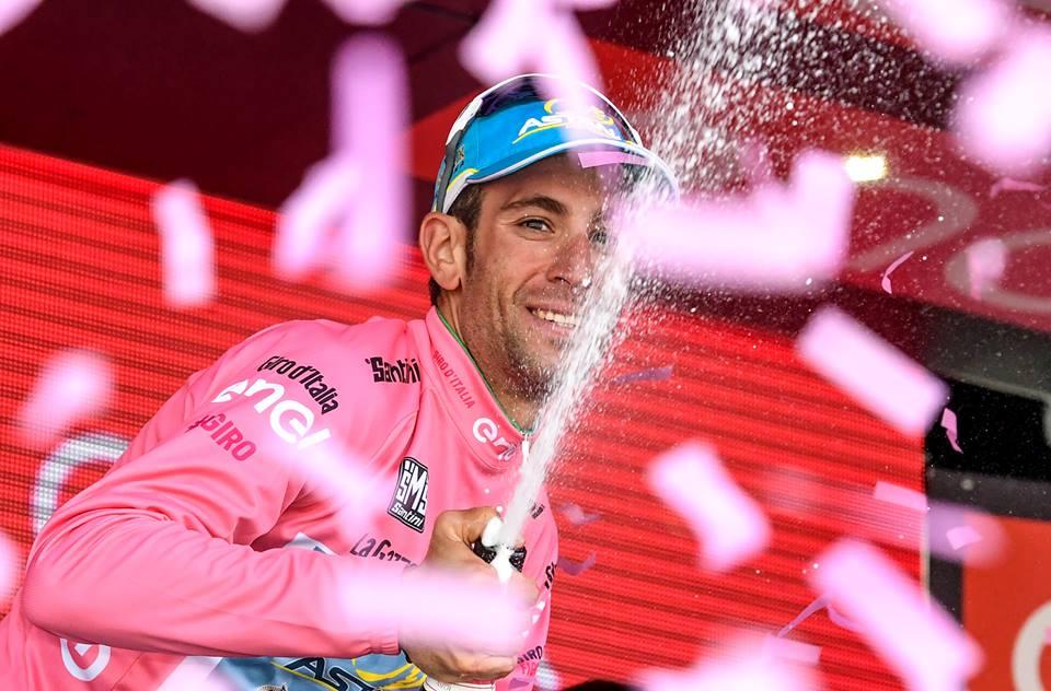 Vincenzo Nibali vyhral po druhýkrát v kariére celkové poradie Gira