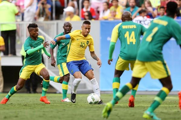 Pred oficiálnym začiatkom olympiády v Riu odštartoval aj futbalový turnaj mužov
