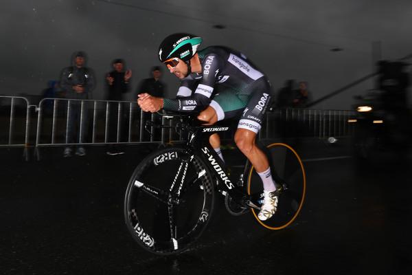 Tour de France: Peter Sagan sa v úvodnej časovke predviedol v dobrom svetle, víťazom Thomas