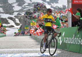 Okolo Švajčiarska 7. etapa: Cieľové stúpanie jasne ovládol muž v žltom Egan Bernal