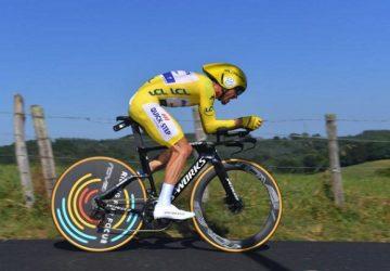 Tour de France 13. etapa: Časovku najrýchlejšie pokoril Julian Alaphilippe a udržal si žltý dres