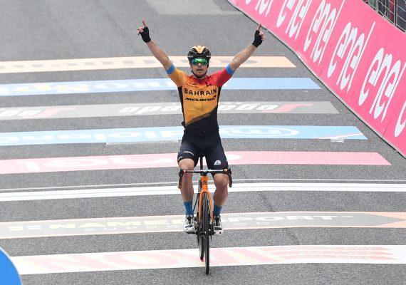 Giro di Italia 16. etapa: V úvode tretieho týždňa triumfoval Jan Tratnik