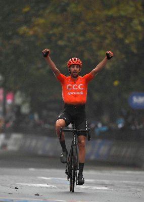 Giro di Italia 19. etapa: V skrátenej etape zvíťazil Jozef Černý po celodennom úniku