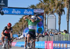 Tirreno – Adriatico 6. etapa: Peter Sagan finišoval v top 15, zvíťazil Mads Würtz z denného úniku