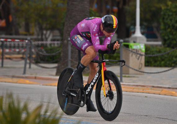 Tirreno – Adriatico 7. etapa: V časovke triumfoval Wout Van Aert, celkovým víťazom sa stal Tadej Pogačar