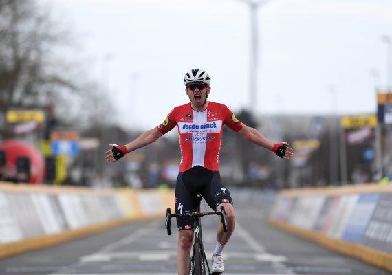 Okolo Flámska: Z víťazstva sa po špurte dvojice tešil Kasper Asgreen